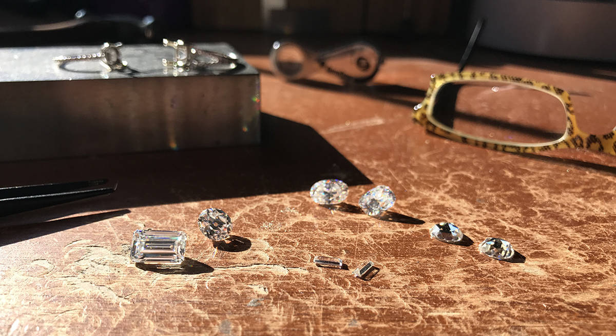 Jeweler's Bench AMADA Moissanite