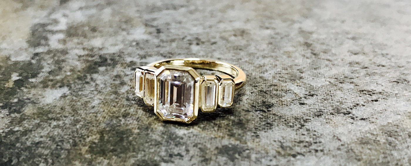 Where Should I Buy a Moissanite Engagement Ring?